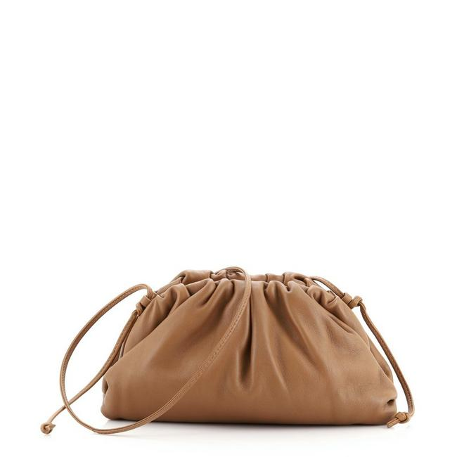 Item - The Pouch 20 Brown Leather Cross Body Bag