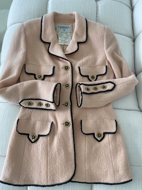 Item - Peachy-pink Jacket Size 4 (S)