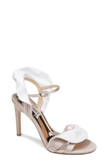 Item - White Cream Ruffle Satin Sandals Size US 9.5 Regular (M, B)