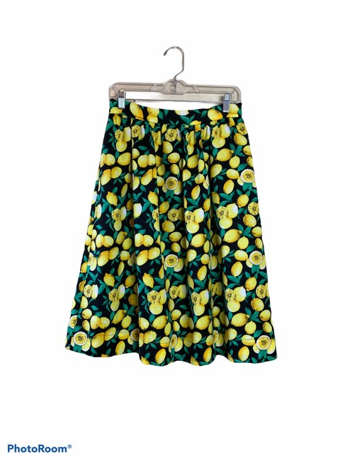 Item - Black/Yellow Caught In A Citrus Cycle Skirt Size 8 (M, 29, 30)