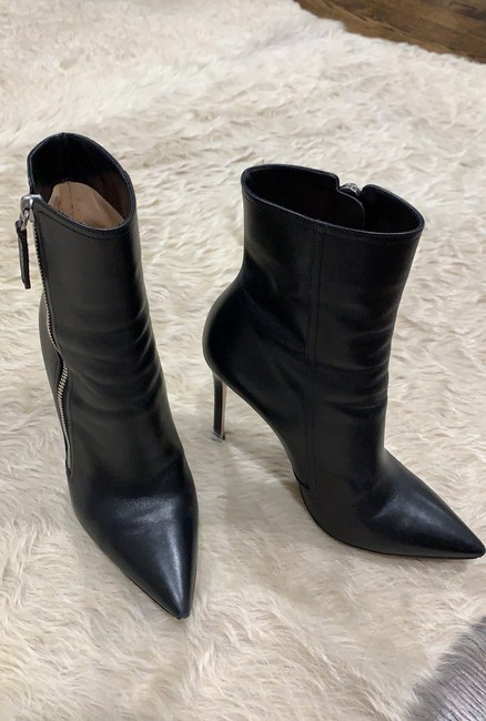 Item - Boots/Booties Size US 5.5 Narrow (Aa, N)