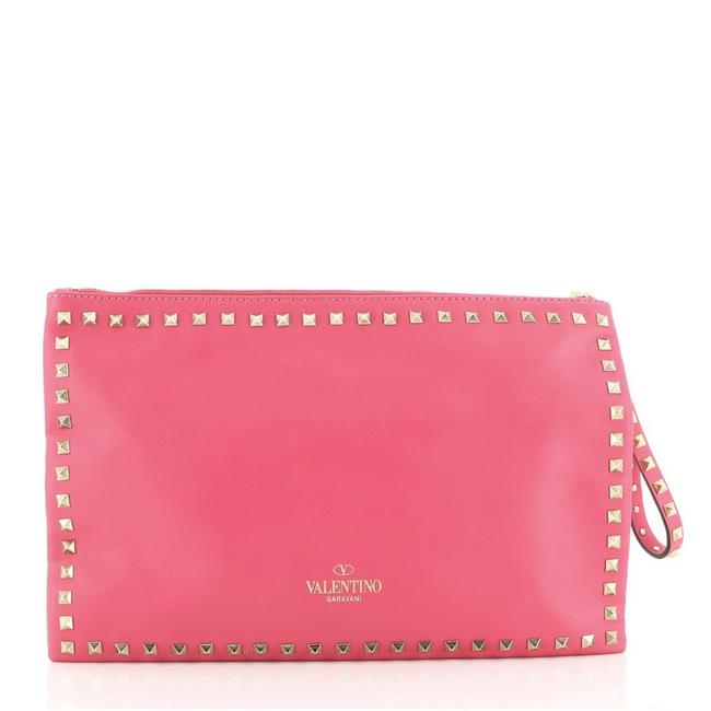 Valentino Rockstud Pouch Large Pink Leather Clutch Valentino Rockstud Pouch Large Pink Leather Clutch Image 3