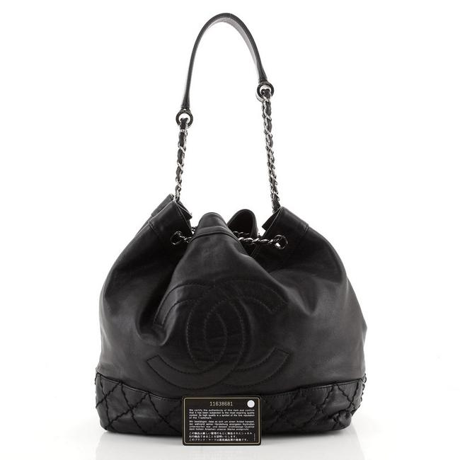 Chanel Bucket Bag Drawstring Vintage Expandable Cc Quilted Small Black Leather Tote Chanel Bucket Bag Drawstring Vintage Expandable Cc Quilted Small Black Leather Tote Image 2