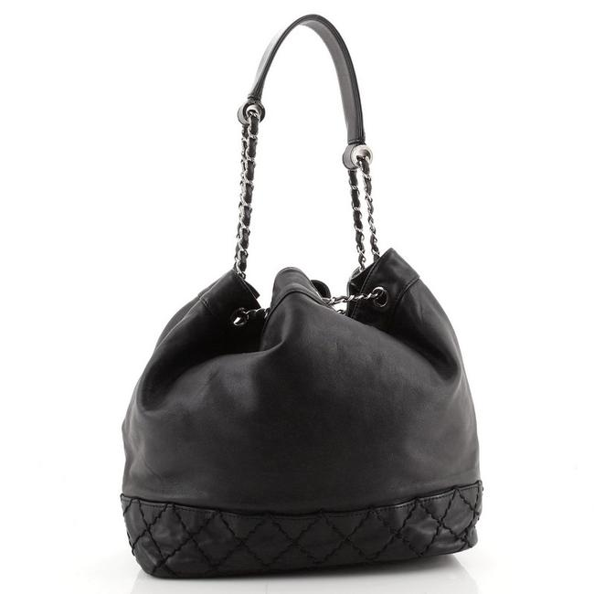 Chanel Bucket Bag Drawstring Vintage Expandable Cc Quilted Small Black Leather Tote Chanel Bucket Bag Drawstring Vintage Expandable Cc Quilted Small Black Leather Tote Image 4