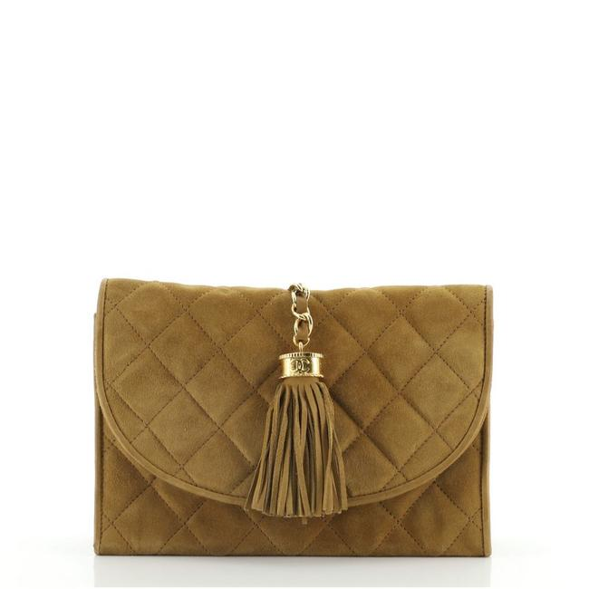 Item - Vintage Tassel Round Flap Quilted Small Brown Suede Clutch
