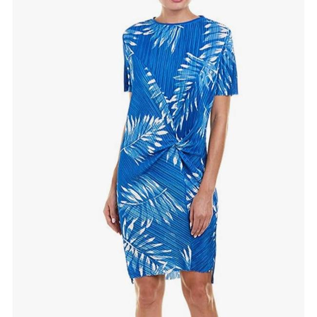 Item - Blue Palm Micropleat Mid-length Short Casual Dress Size 22 (Plus 2x)
