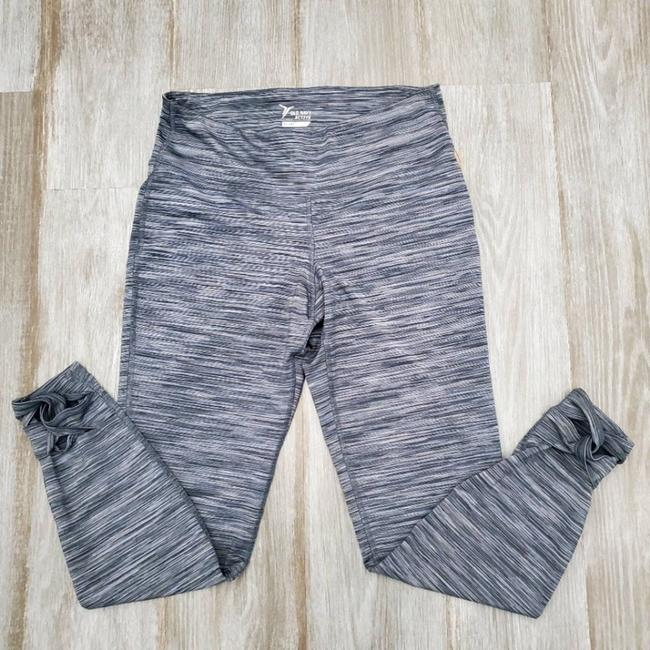 Item - Gray Activewear Bottoms Size 8 (M, 29, 30)