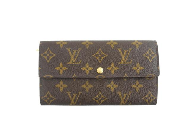 Item - Brown Clutch Monogram Canvas and Leather Sarah Long Zip Wallet