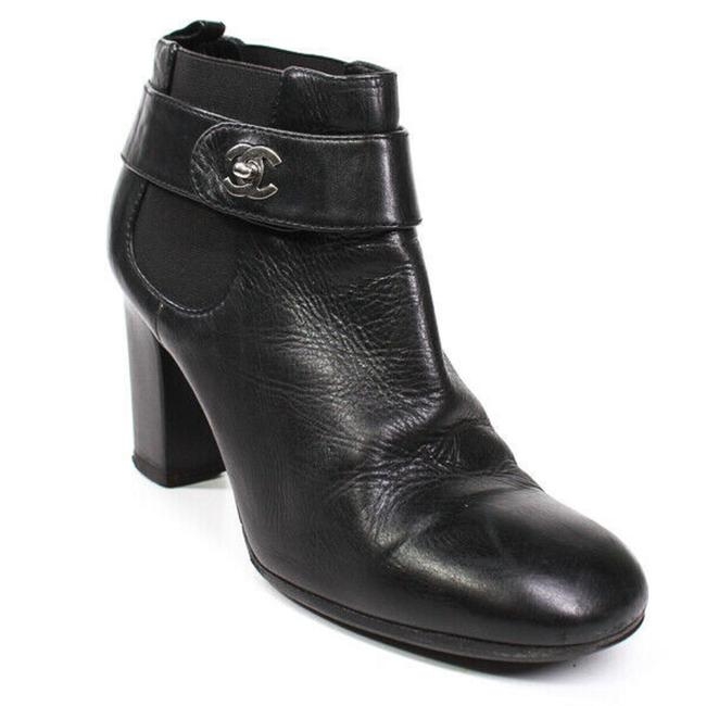 Item - Black Cc Turnlock Ankle Leather Heeled 7 Boots/Booties Size EU 37.5 (Approx. US 7.5) Regular (M, B)