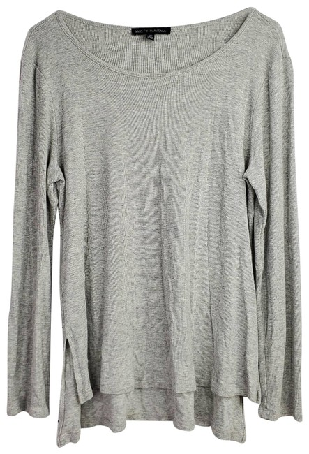Item - Gray Scoop Neck Long Sleeve Blouse Size 8 (M)