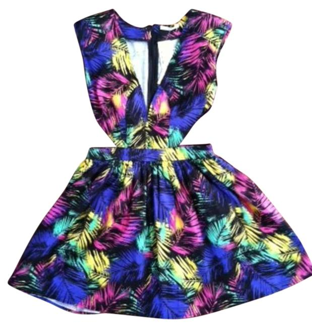 Preload https://item4.tradesy.com/images/mustard-seed-floral-pattern-mini-cocktail-dress-size-4-s-291238-0-0.jpg?width=400&height=650