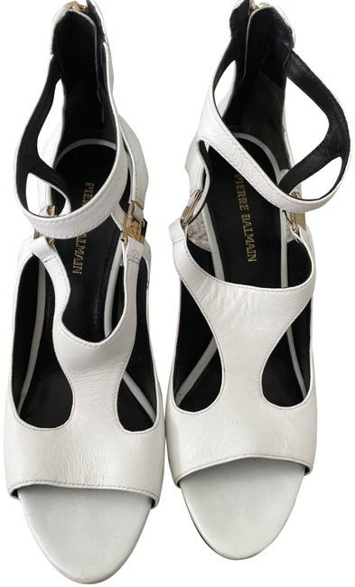 Item - White Cage Sandals Size EU 39 (Approx. US 9) Regular (M, B)