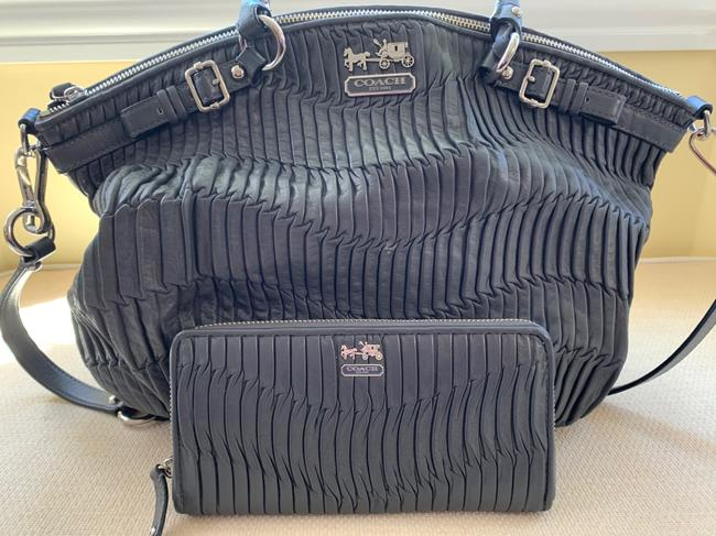 Item - Graphite and Wallet Set Grey Leather Satchel