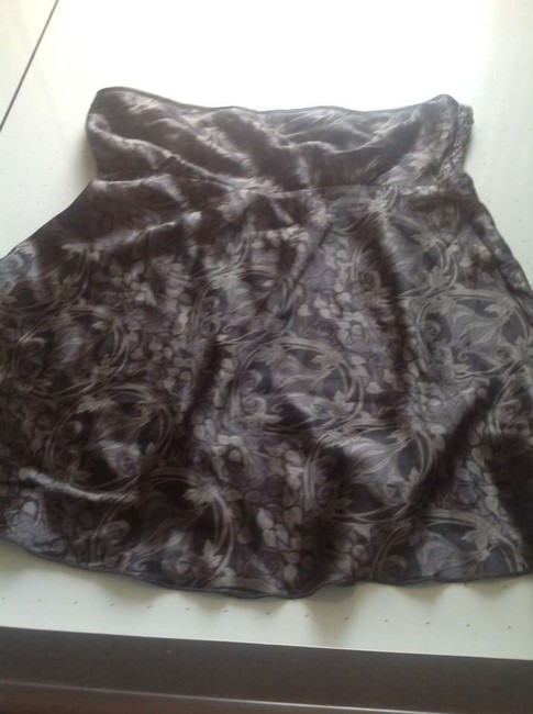The Limited Silk. Empire Waist Top Gray and black