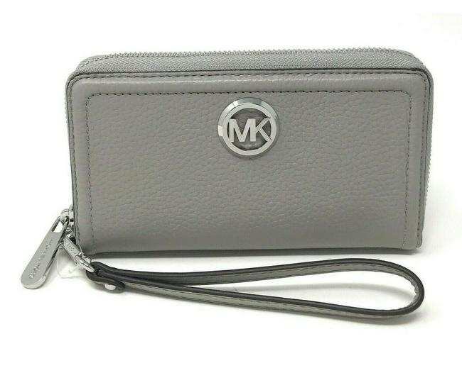 Item - Fulton 35f9sftw7l Flat Mf Phone Card Case Silver Gray Leather Wristlet