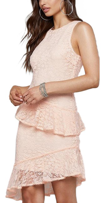 Item - Light Peach/Pink New Lace Ruffle Asymmetrical Romantic Wedding Guest Mid-length Cocktail Dress Size 4 (S)