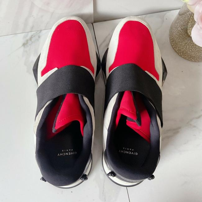 Givenchy Black Red Womens Runner Elastic Leather Logo Sneaker 41 Athletic Size US 11 Regular (M, B) Givenchy Black Red Womens Runner Elastic Leather Logo Sneaker 41 Athletic Size US 11 Regular (M, B) Image 6