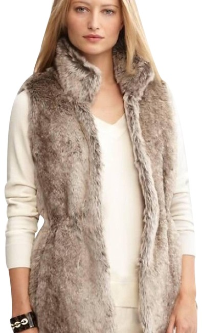 Item - Brown Faux Fur Vest Size 8 (M)