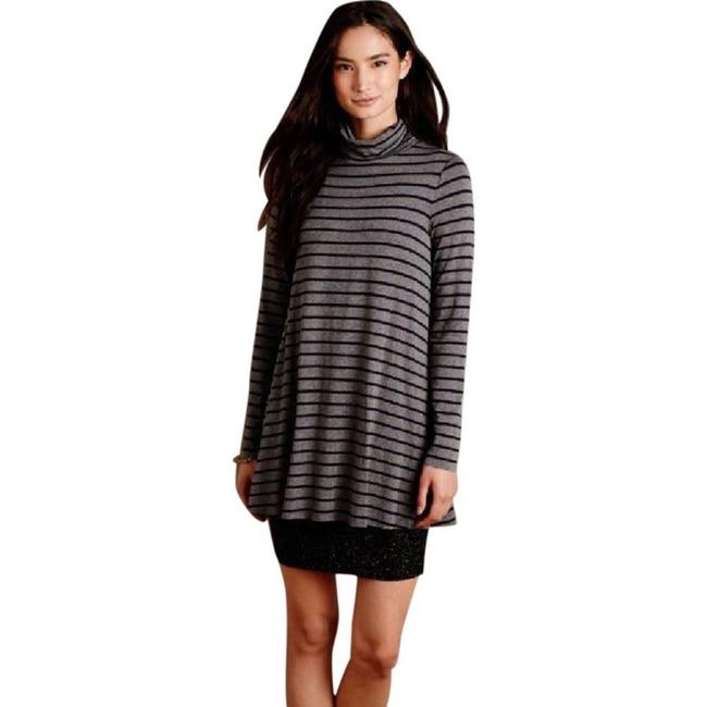 Item - Gray Stripe Layer Turtleneck Short Casual Dress Size 6 (S)