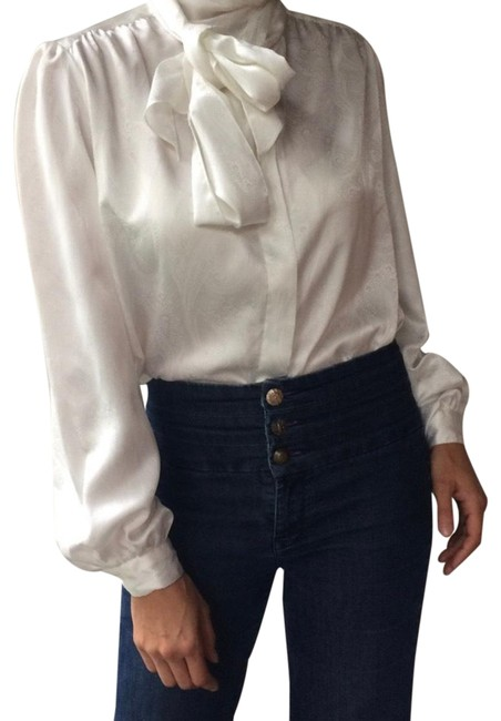 Item - White 1970's Pussy Blouse Size 6 (S)
