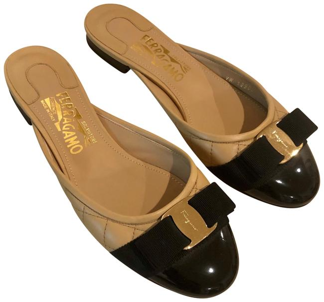 Item - Beige/Black/Gold Bow Quilted Flats Mules/Slides Size US 6.5 Wide (C, D)