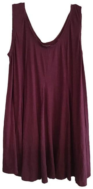 Item - Wine None Maternity Top Size 10 (M)