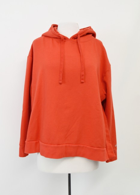 Item - Red Yoga Large Activewear Outerwear Size 12 (L)
