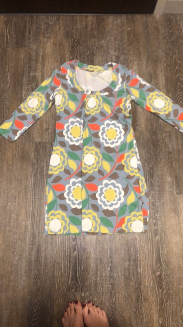 Item - Yellow Retro Floral Mid-length Short Casual Dress Size 6 (S)