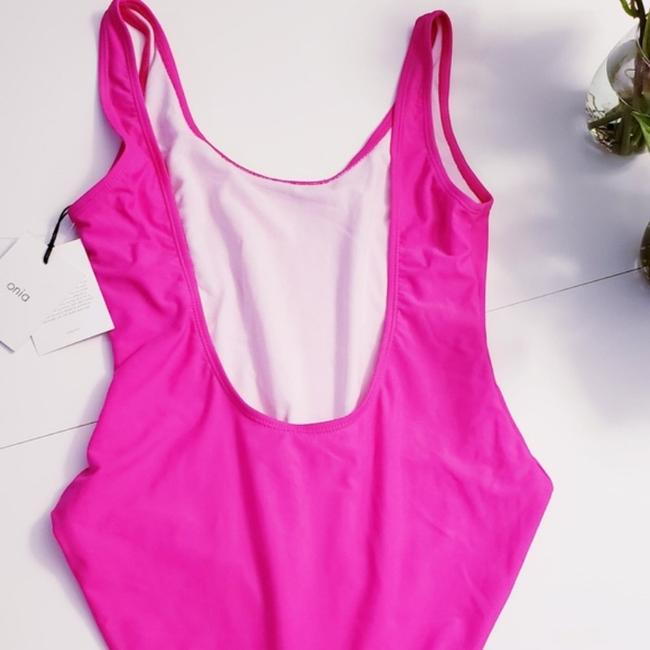 Anthropologie Pink Kelly Classic Scoop Neck Open Back One-piece Bathing Suit Size 4 (S) Anthropologie Pink Kelly Classic Scoop Neck Open Back One-piece Bathing Suit Size 4 (S) Image 5
