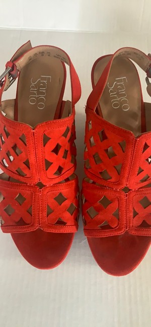Item - Red Wedges Size US 9 Regular (M, B)