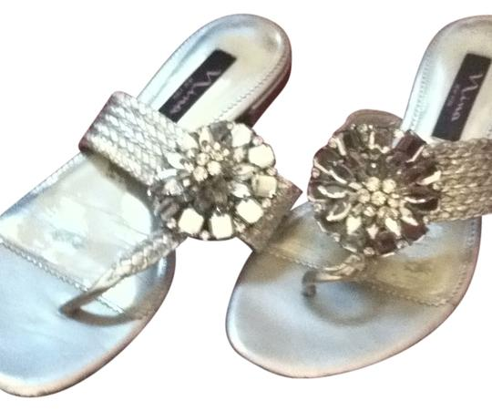 Preload https://item2.tradesy.com/images/nina-shoes-silver-jeweled-sandals-size-us-75-29136-0-0.jpg?width=440&height=440