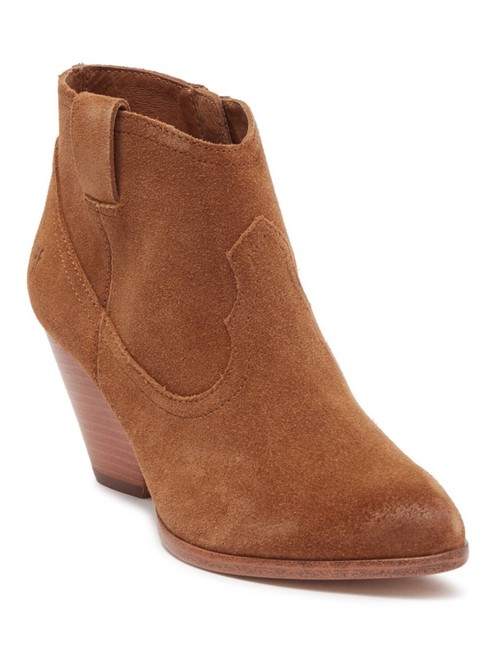 Item - Camel Suede Boots/Booties Size US 7 Regular (M, B)