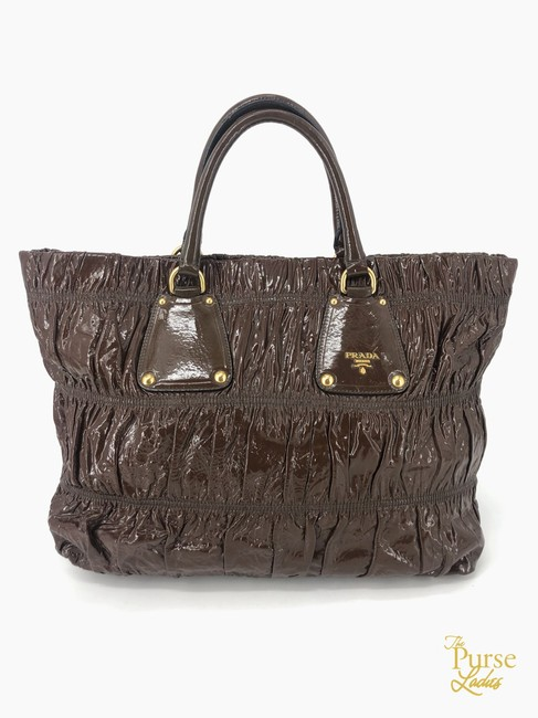 Item - Bag Gauffre 35074 Brown Patent Leather Tote