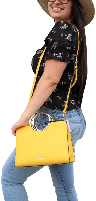 Item - White Rock Road Sam Hand Yellow Faux Leather Satchel