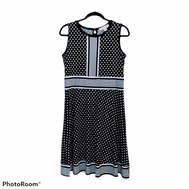 Item - Black and White Short Casual Dress Size 10 (M)
