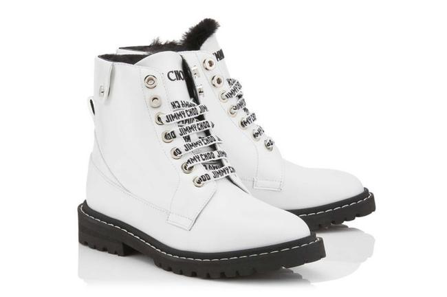 Item - White Voyager Boots/Booties Size EU 35 (Approx. US 5) Regular (M, B)