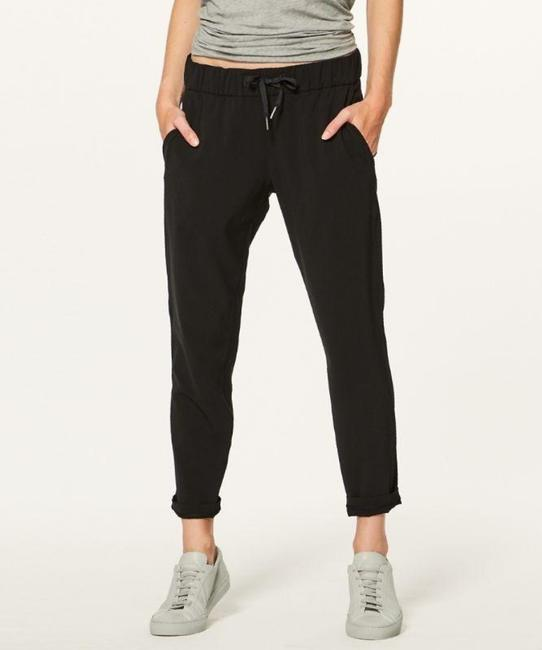 Item - Black On The Fly Pants Size 6 (S, 28)