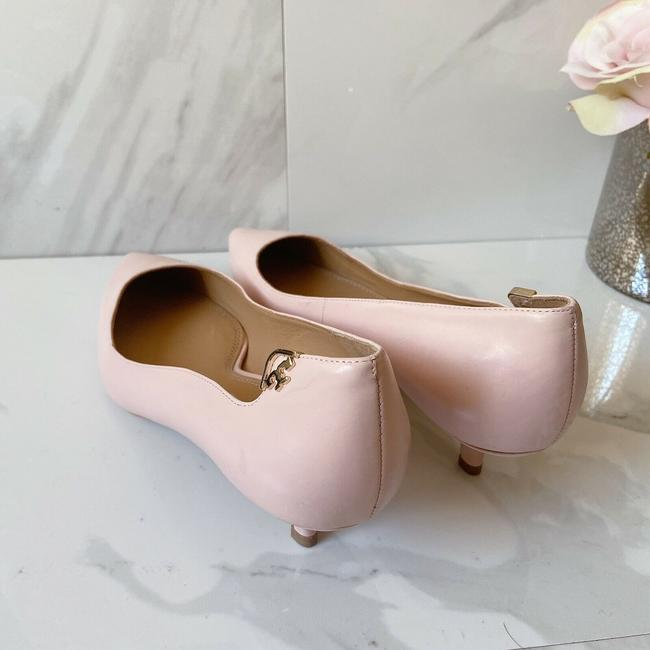 Tory Burch Pink T Logo Pointed Toe Heel Sea Shell Leather Pumps Size US 9 Regular (M, B) Tory Burch Pink T Logo Pointed Toe Heel Sea Shell Leather Pumps Size US 9 Regular (M, B) Image 4