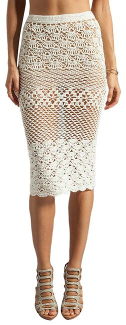 Item - Offwhite Crochet Skirt/Coverup Cover-up/Sarong Size 8 (M, 29, 30)