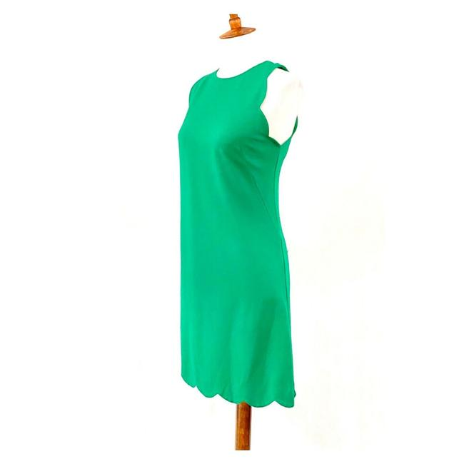 Item - Green Scalloped Edge Knit Mid-length Work/Office Dress Size 8 (M)