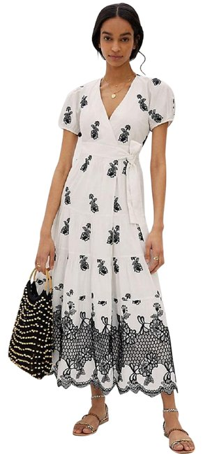 Item - White Contrast Embroidered Wrap Midi Long Formal Dress Size 2 (XS)