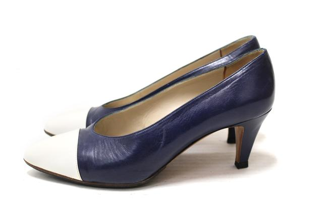 Item - Navy and White Leather Pointed Heel Formal Shoes Size EU 35.5 (Approx. US 5.5) Regular (M, B)
