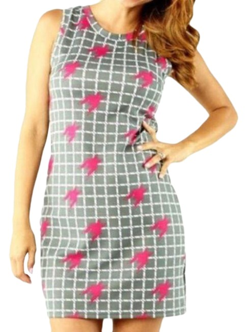Item - Gray Pink Nia Houndstooth Sheath Mid-length Short Casual Dress Size 8 (M)