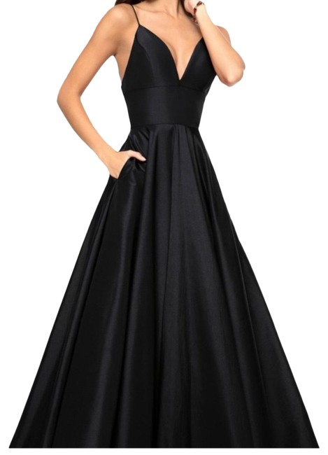 Item - Ball Gown Long Formal Dress Size 2 (XS)