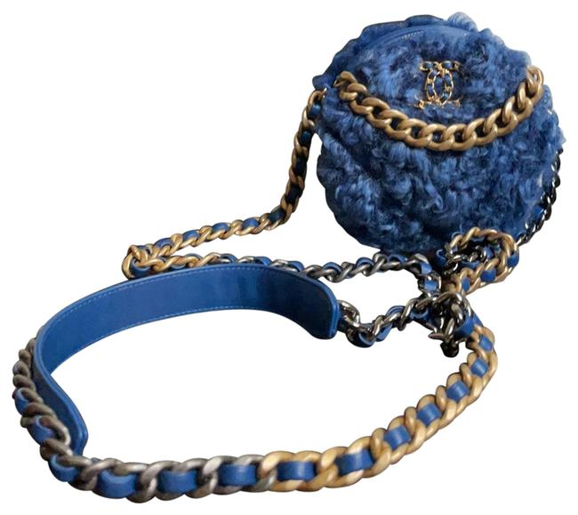 Item - Clutch With Chain Blue Shearling Wool Cross Body Bag
