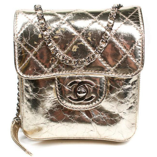 Item - Classic Mini Flap Cc Quilted Metallic Chain Gold Leather Cross Body Bag
