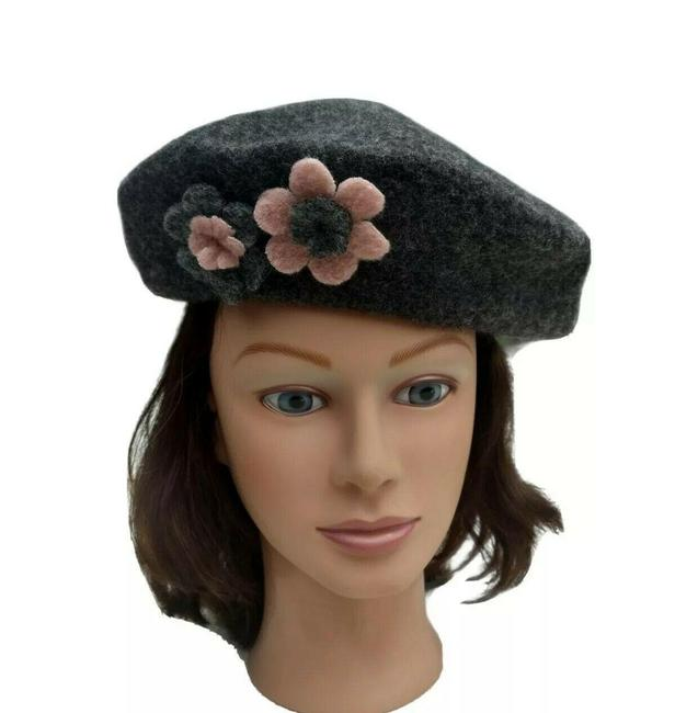 Item - Gray Beret Wool Cap Hand Made In Italy Artist Floral Hat