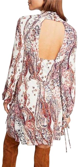 Item - Cream Pink All Dolled Up Paisley Short Casual Dress Size 8 (M)