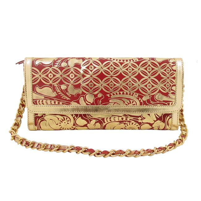 Item - Metallic Convertible Shoulder Chain Gold Leather Clutch