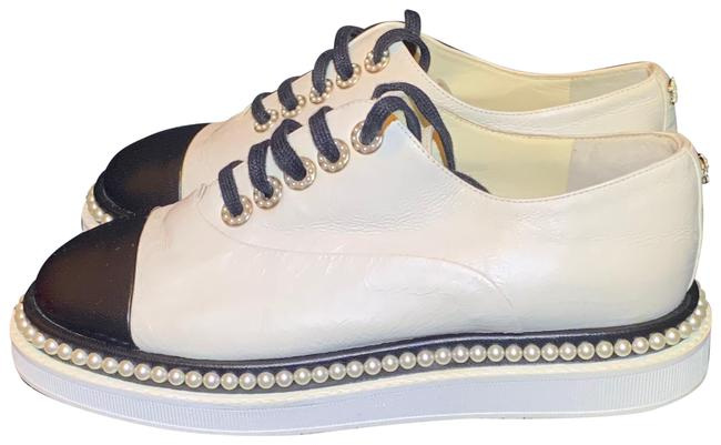 Item - White Lace Up Pearl Leather Sneakers Size EU 36 (Approx. US 6) Wide (C, D)